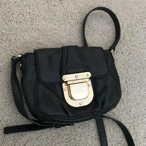 Black Michael kors crossbody bag with gold buckle!